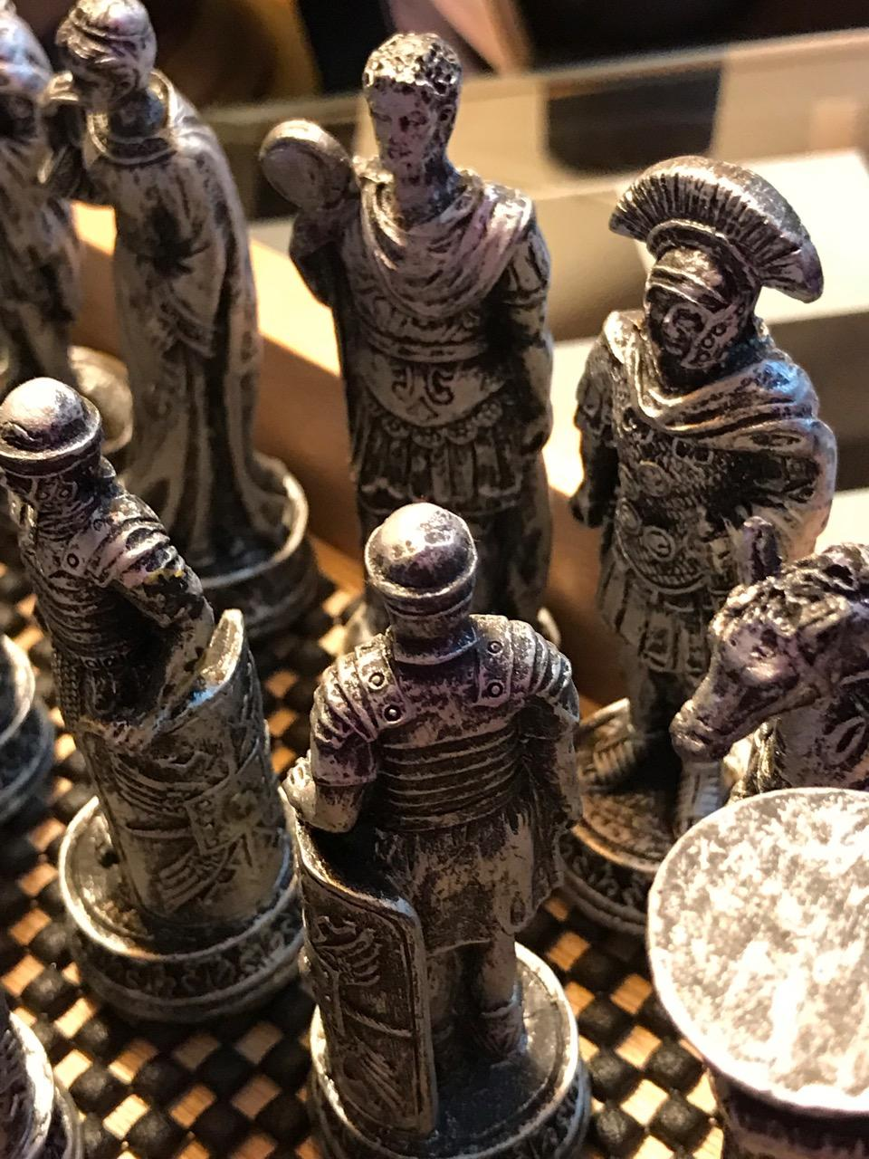 CHESS KINGDOMS SHOWING SOLIDARITY AS THEY WAIT 5